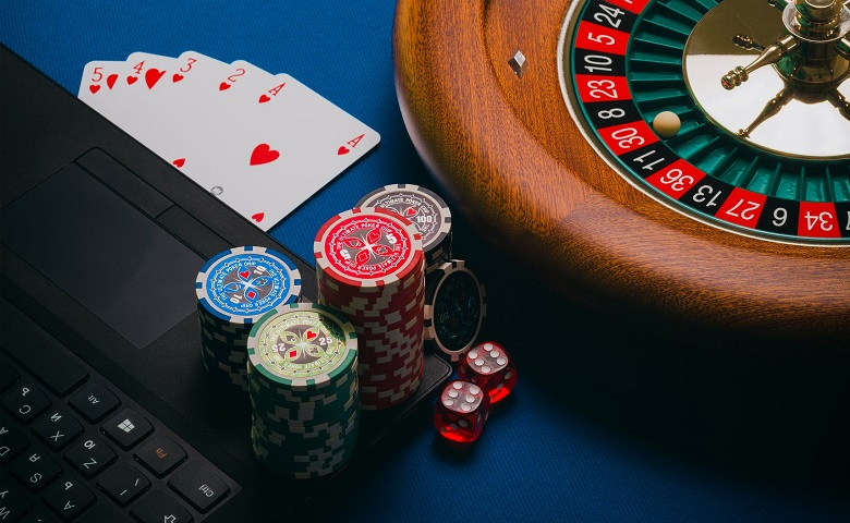How to choose the right online baccarat website?